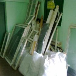 Куда девать старые окна и двери после замены на новые?