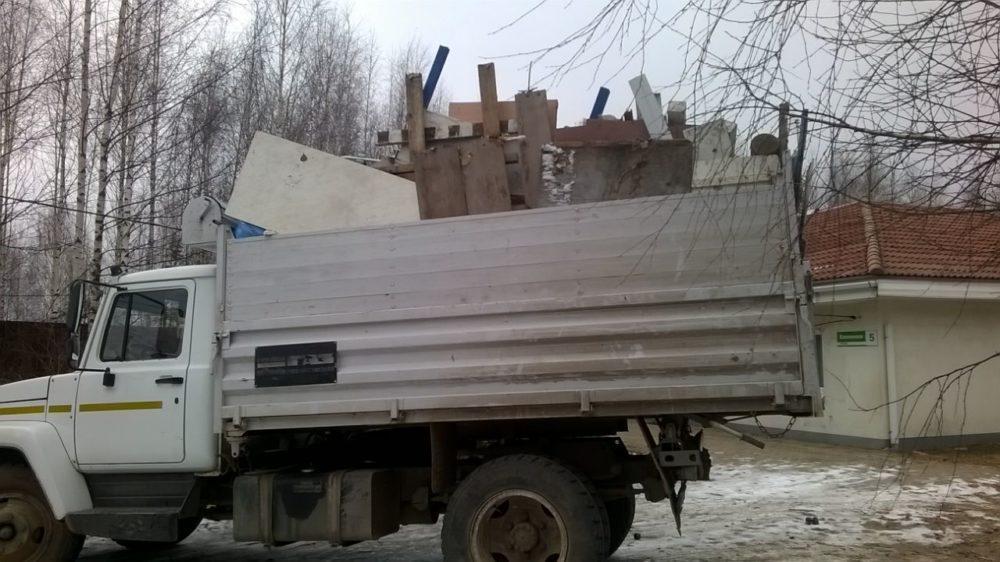 Вывоз мусора ГАЗ самосвал г/п - 5тн. – от 4000 руб. за вывоз