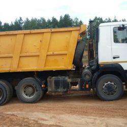Вывоз мусора большим самосвалом 20-25тн.